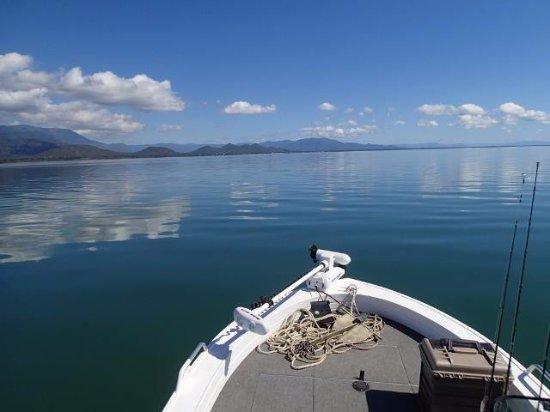 Kookaburra Holiday Park : Fantastic boating and fishing