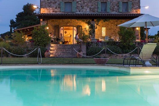 Fratta Todina, Italia: evening