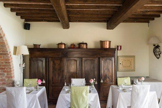 Fratta Todina, Italia: dining room