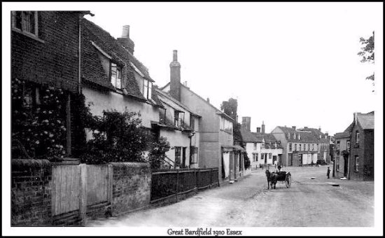 Great Bardfield, UK: The Bell Inn (on the right) in 1910