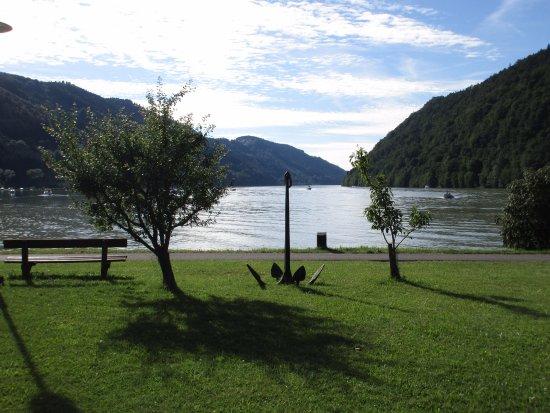 Schlogen, Austria: Ausblick vom Zimmer