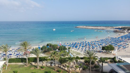 Asterias Beach Hotel: View from the balcony
