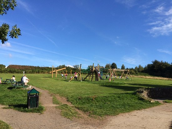 Skelmersdale, UK: excellent play facilities