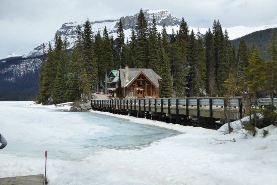 Emerald Lake: white as