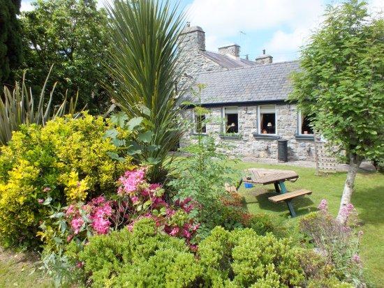 Llanbedr, UK: Gardens