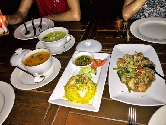 Pahn-Thai Restaurant: photo2.jpg
