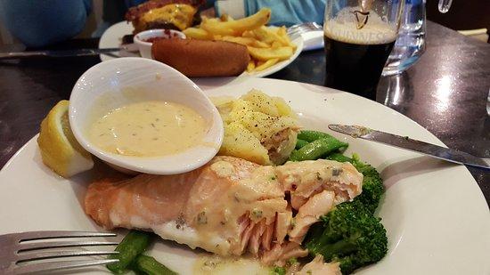 The Galleon Restaurant: 20170615_215116_large.jpg