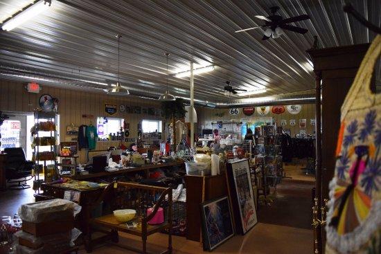 Auburn, MI: la boutique