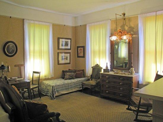 Mentor, Οχάιο: the boys' room