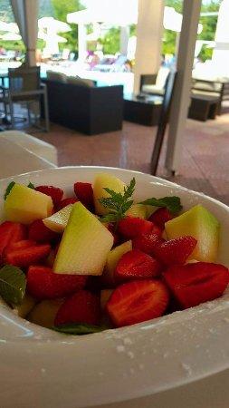 Apartments George: Fruit salad!!Smelling summer..