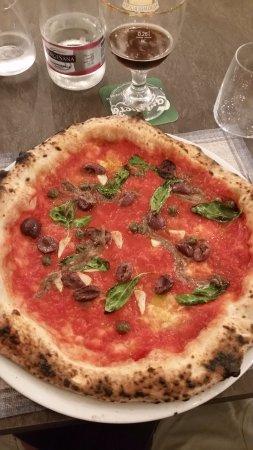 Casapulla, Itália: Pizza con Alici di Cetara