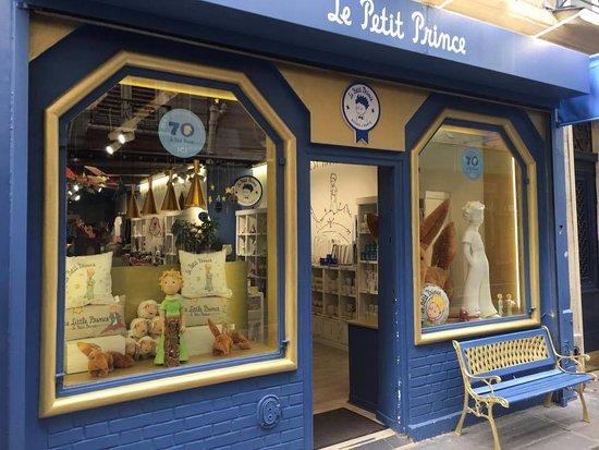 le petit prince store 8 rue gr goire de tours 75006 paris picture of le petit prince store. Black Bedroom Furniture Sets. Home Design Ideas