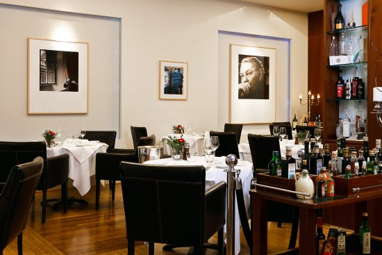 THE IL PUNTO BERLIN - A PLACE TO DINE & EXPERIENCE TRADTIONAL AND MODERN ITALIAN FOOD
