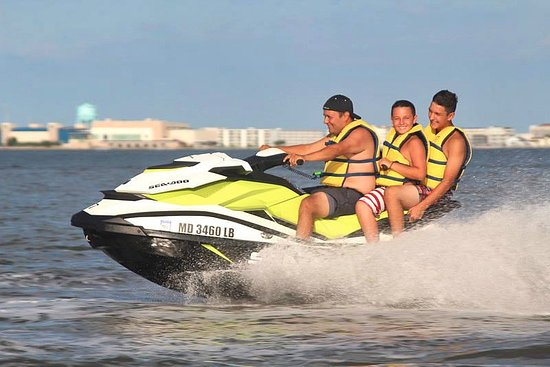 Paradise Watersports: Up to 3 on our Jetskis!