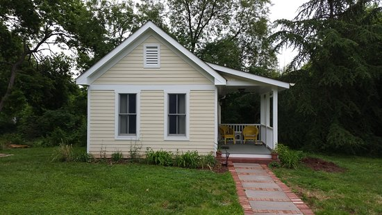 Manassas Junction Bed and Breakfast: The Nelson Cottage