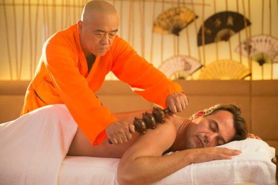 Stegersbach, Austria: TCM mit Shaolin Möchen aus China