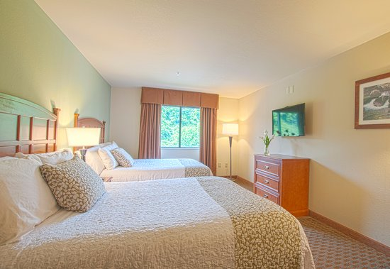 Brookstone Lodge Photo