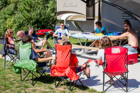 Mears, MI: Camp together on the spacious lots