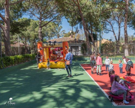 La Eliana, Spain: kids animation in el Oasis