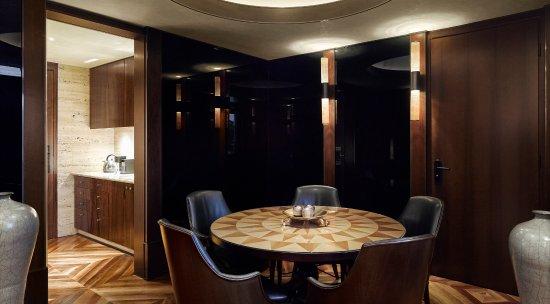 Park Hyatt Milan: Duomo Suite - Dining Room
