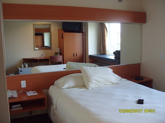 Colfax, IA: Room view 4
