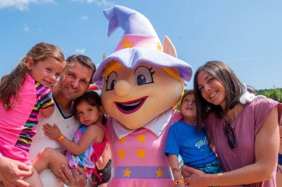 Benouville, France: Carabouille, notre mascotte