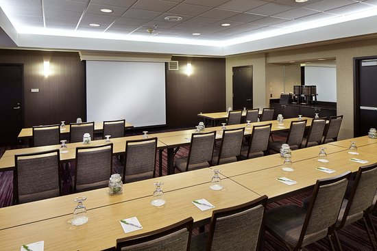 State College, PA: Concord Meeting Room