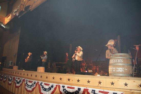 Bryce Canyon City, UT : De muzikanten aan het werk