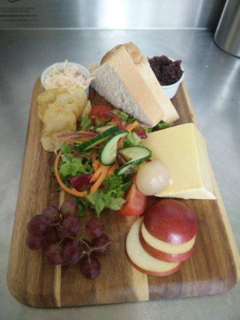Honiton, UK: Mature cheddar ploughman's, home made coleslaw & chutney
