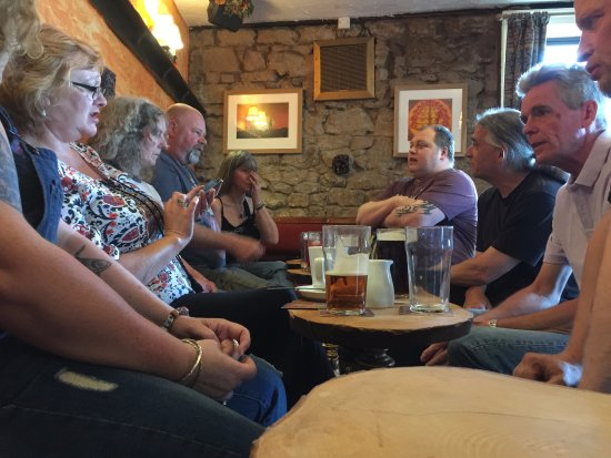 The Tanners Arms: Old friends quaff ale together on a Saturday afternoon.