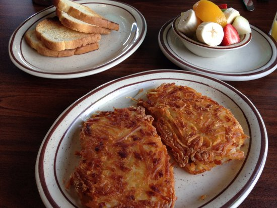 Scotts Valley, Californien: Side of toast, fruit, and hash browns