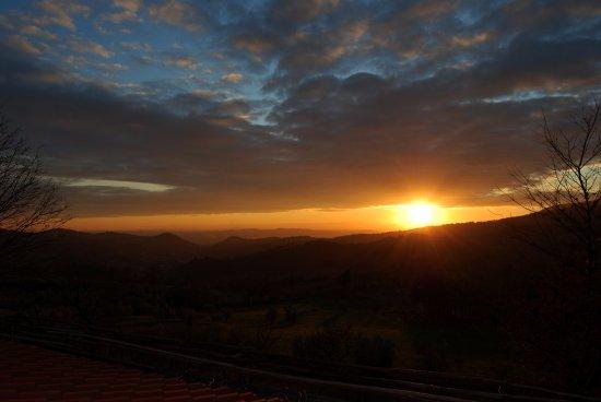 Farmhouse Olmo B&B : Stupendo tramonto sulle colline che circondano Firenze
