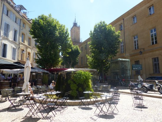 place des cardeurs photo de vieil aix aix en provence tripadvisor. Black Bedroom Furniture Sets. Home Design Ideas