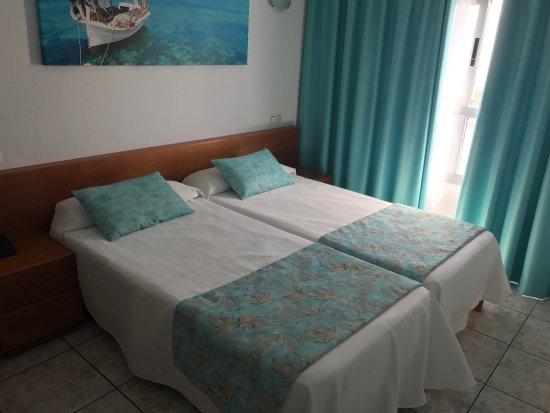 Hotel Tropical : photo1.jpg