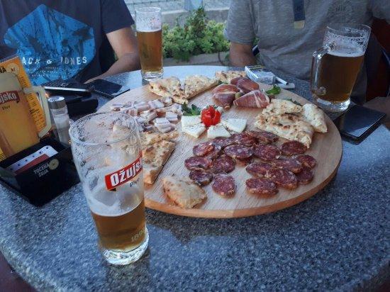 Pizzeria Laguna Kastel Kambelovac