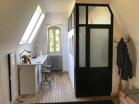 هوت نورماندي, فرنسا: Coin bureau dans la chambre