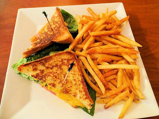 Mauldin, SC: grilled ham and cheese