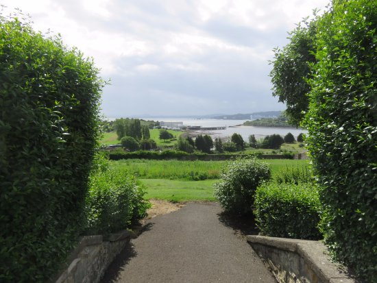 Inverkeithing, UK: view over the bay