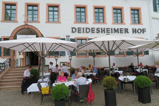 Deidesheim, Tyskland: Terrasse