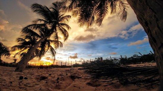 Guia Beach: Pôr do Sol em Praia da Guia, São Luis-MA. Foto: @wilsonmenezes126