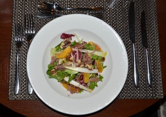 Macdonald Alveston Manor Hotel: We loved the duck confit starter with mandarin and walnut salad.