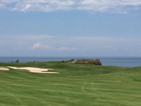 Wallace, Canada: Spectacular golf vistas