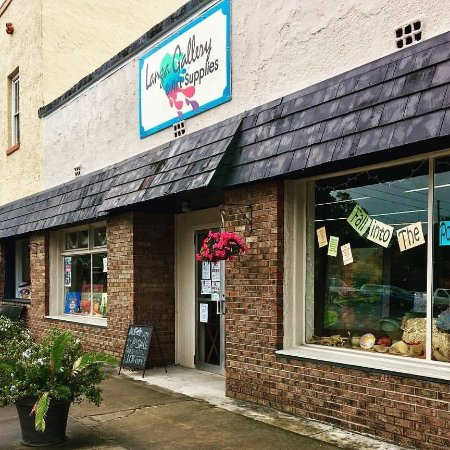 High Springs, FL: A Florida Art Gallery and Art Supplies Store. We sell Fine Art Paintings, Jewelry & Pottery from