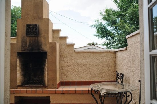 Marfa, TX: balcony with fireplace