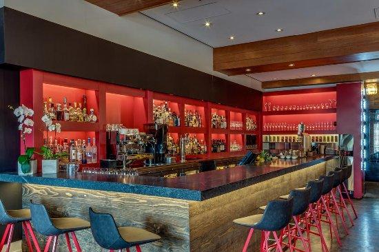 Nita Lake Lodge: Cure Lounge