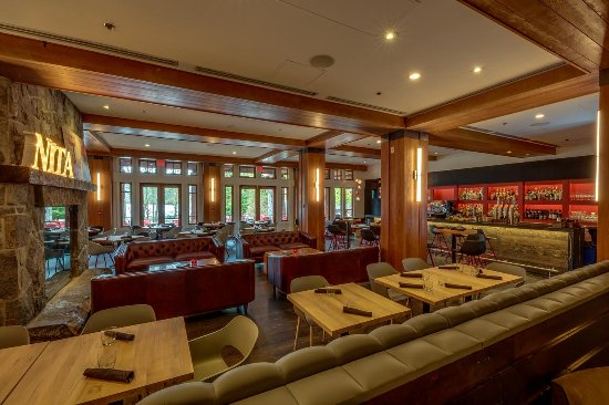 Nita Lake Lodge: Cure Lounge