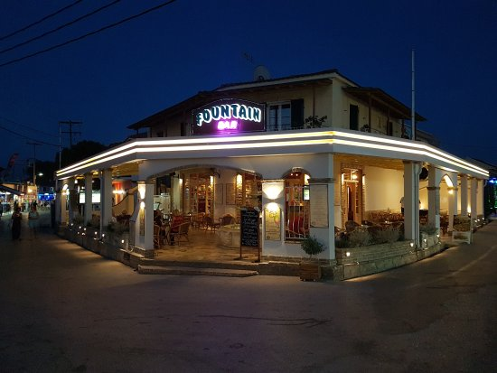 Kavos, Greece: Fountain Bar