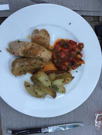 Saint-Marc-Jaumegarde, France: Filet Mignon perfekt! 👍😁