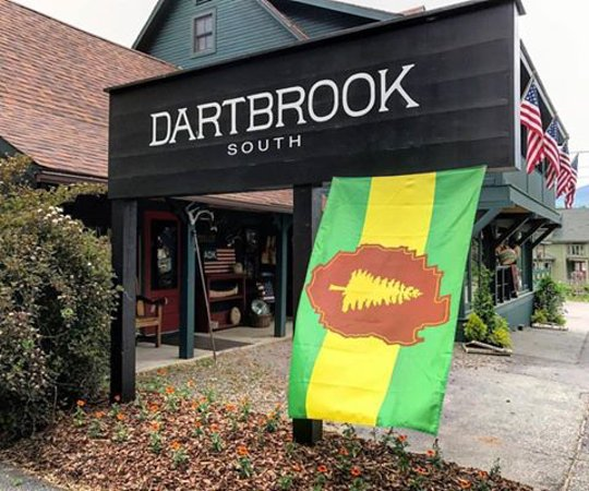 ‪‪Keene‬, نيويورك: Big Crow Trading recently changed their name to Dartbrook South. ‬