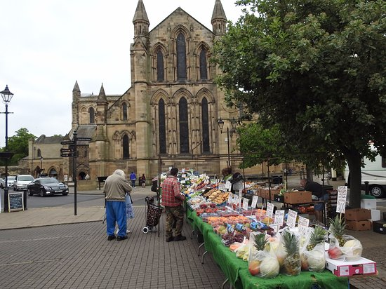 Hexham Abbey from the market on Market Day!